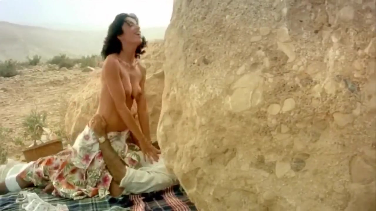 Aure Atika nude - Turn Left at the End (2004)