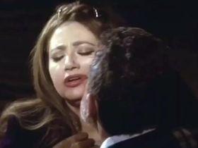 Layla Elwi sexy - I love Cinema (2004)
