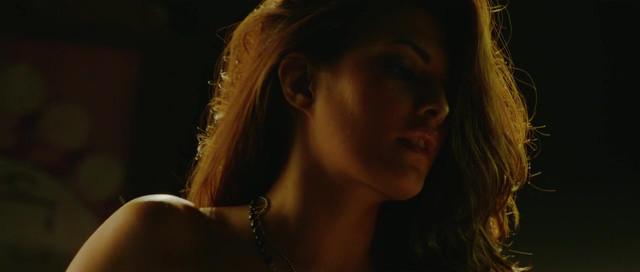 Jacqueline Fernandez sexy - Murder 2 (2011)