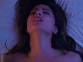 Hina Khan sexy - Hacked (2020)