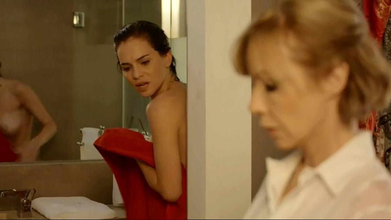 Luz Cipriota sexy, Inez Estevez sexy, Carla Quevedo nude - El Maestro s01e03-04, e10 (2017)