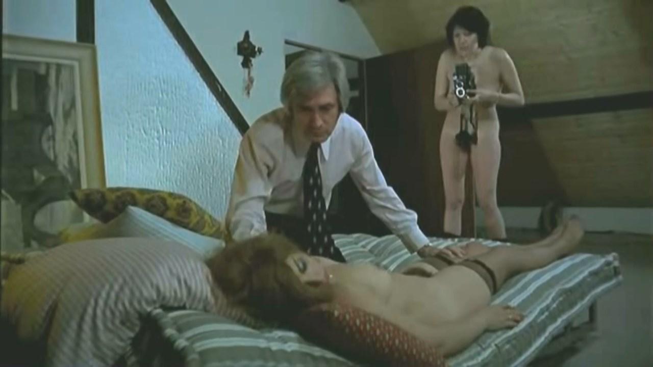 Alice Arno Nude