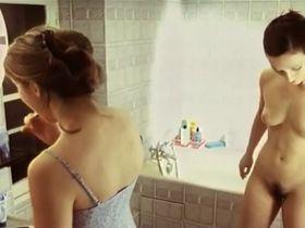 Maelle Genet nude, Mila Savic nude - Si par un soir d'ete une polonaise (2002)