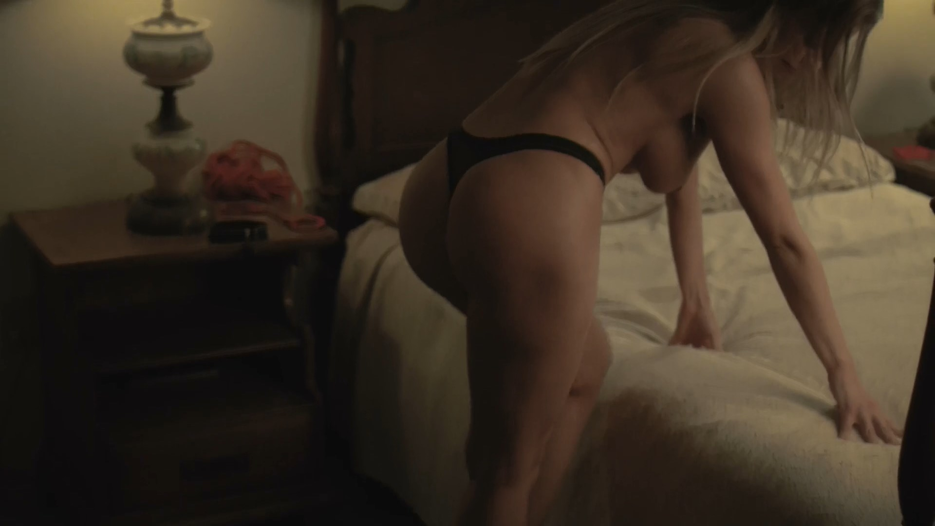 Britney Amber nude, Kleio Valentien nude, Christine Nguyen nude, Cherie DeVille nude, Cody Renee Cameron nude, Rebecca Love sexy - Girls Guns and Blood (2019)