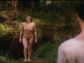 Nackt Katrin Cartlidge  Naked (1993)