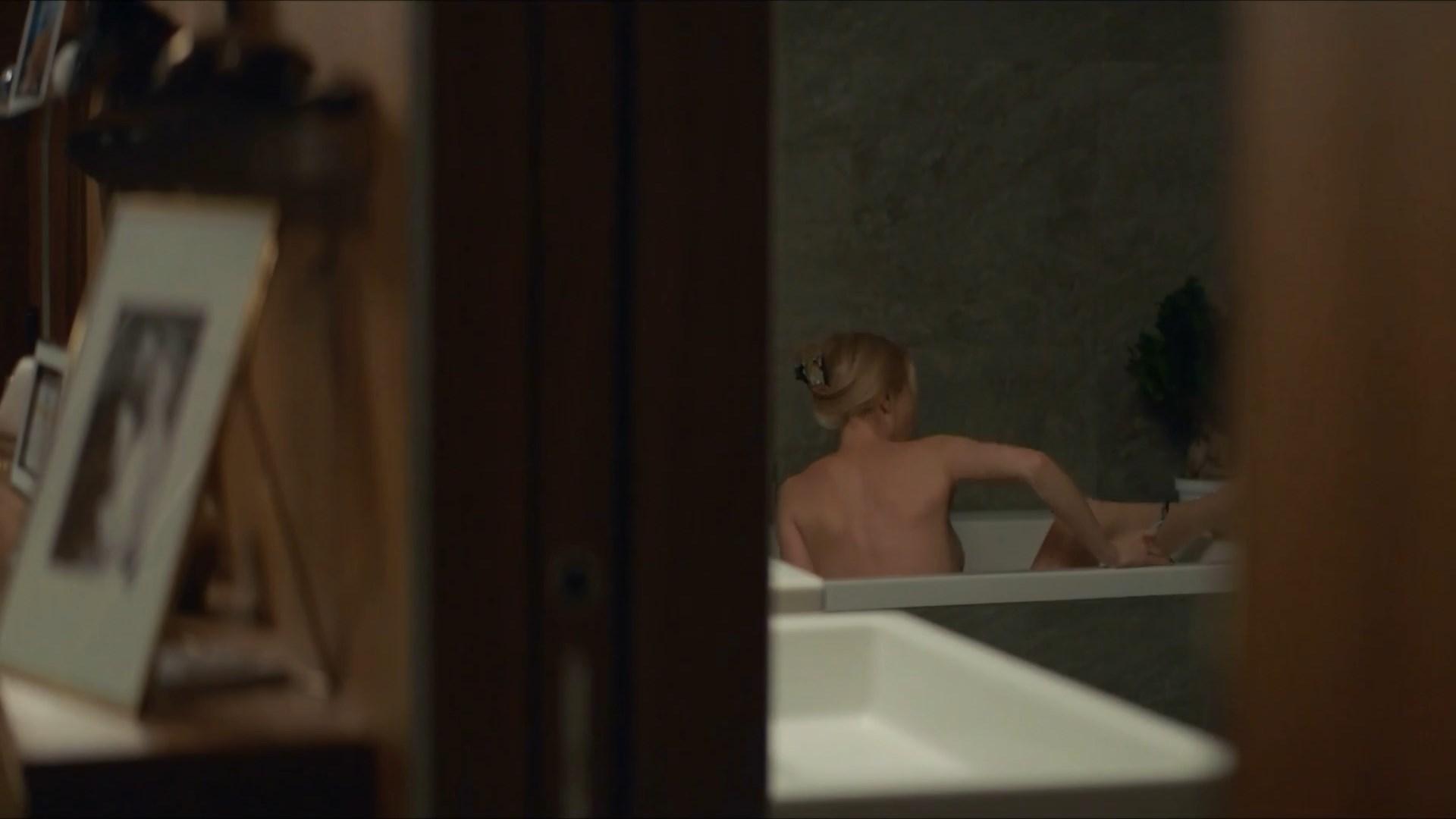 Julia Dufvenius Nude