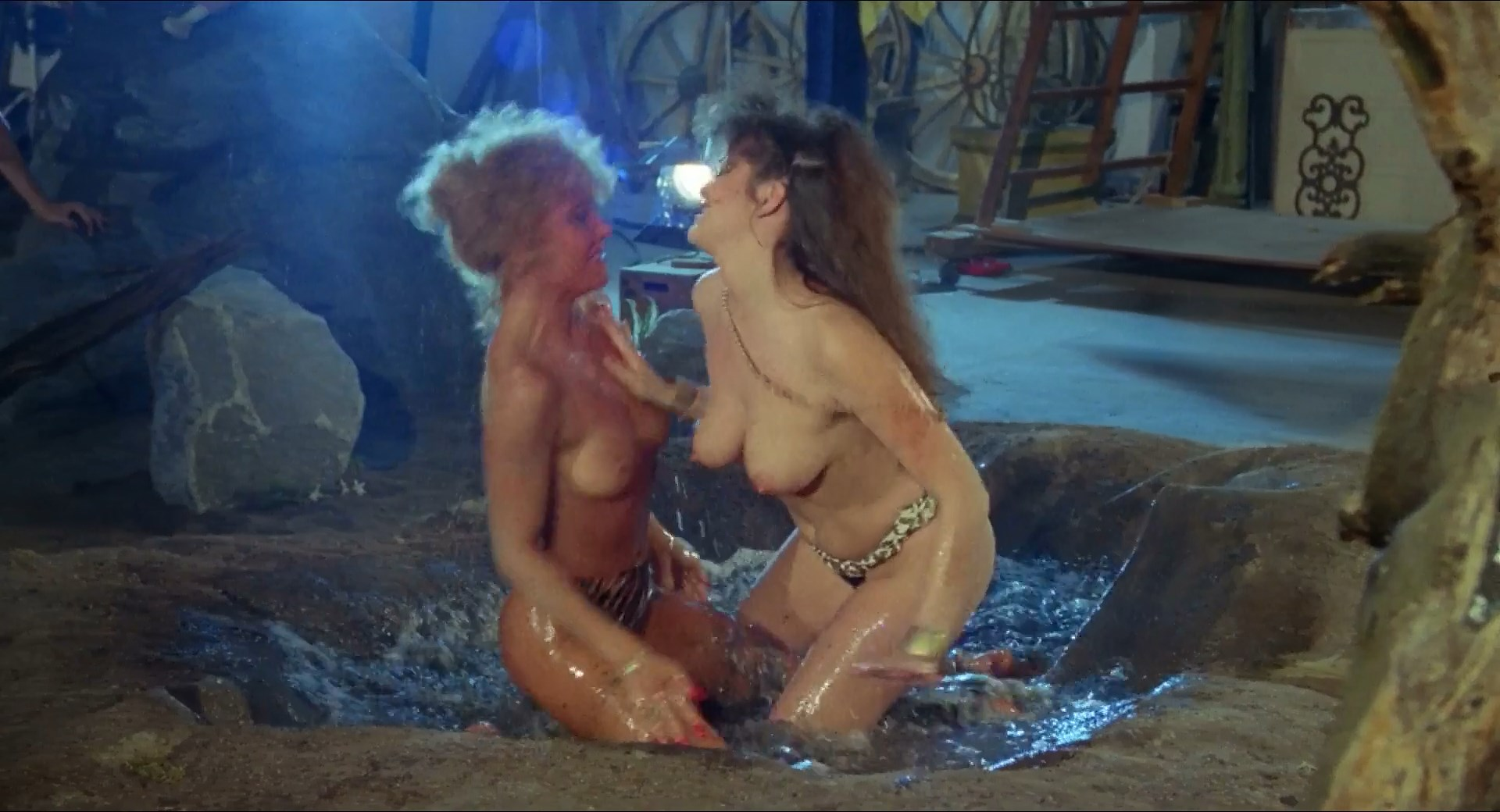 Laura Albert nude, Bella Donna nude - Angel III (1988)