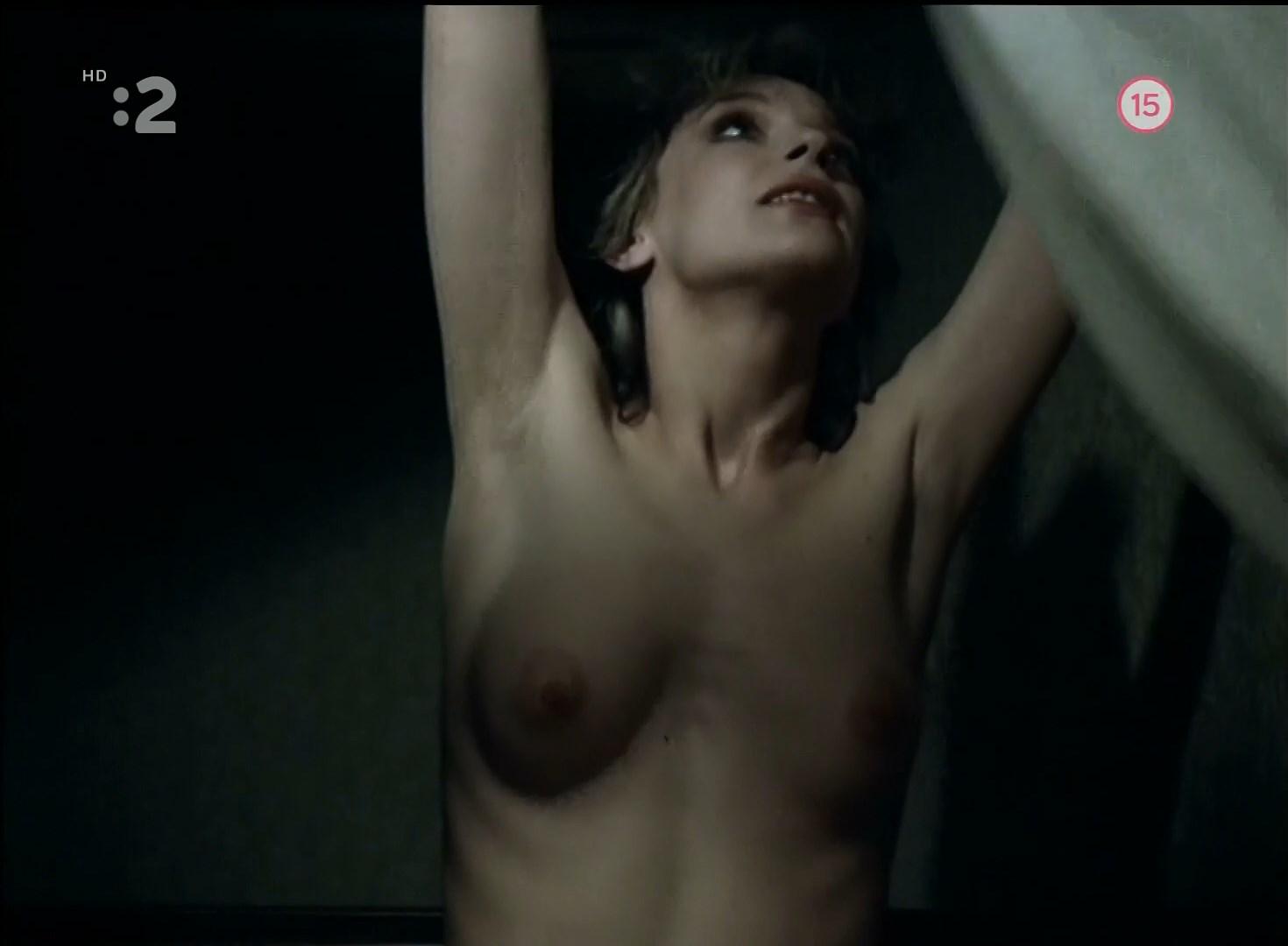 Nude melanie winiger Melanie Winiger