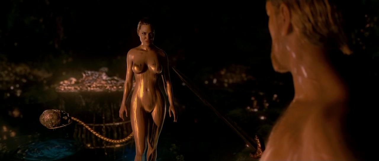 Angelina Jolie nude - Beowulf (2007)