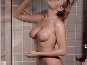 Holly Williams nude - Deadly Assets (1996)