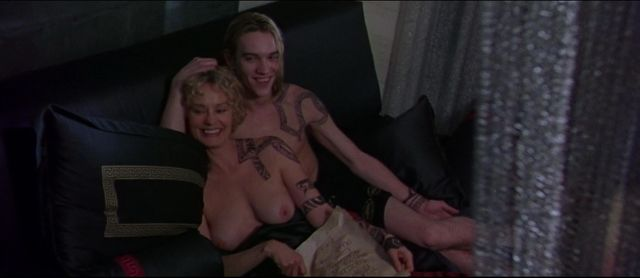 Wwe diva fully nude