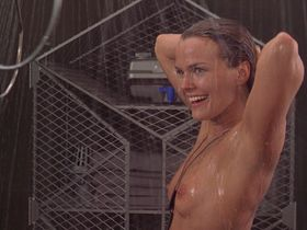 Dina Meyer nude - Starship Troopers (1997)