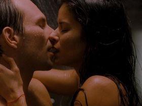 Patricia Velasquez nude - Mindhunters (2004)
