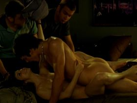 Elena de Frutos nude - Mentiras y gordas (2009)