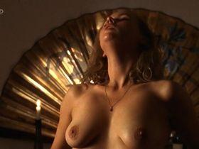 Veronica Ferres nude - Eine ungehorsame Frau (1997)