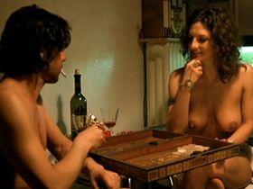 Catrin Striebeck nude - Gegen die wand (2004)