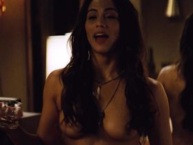 Paula Patton nude - 2 Guns (2013)