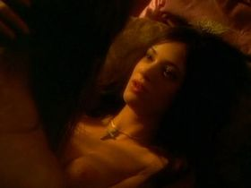 Asia Argento nude - Phantom of the opera (1998)