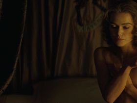 Keira Knightley nude, Hayley Atwell sexy - The Duchess (2008)