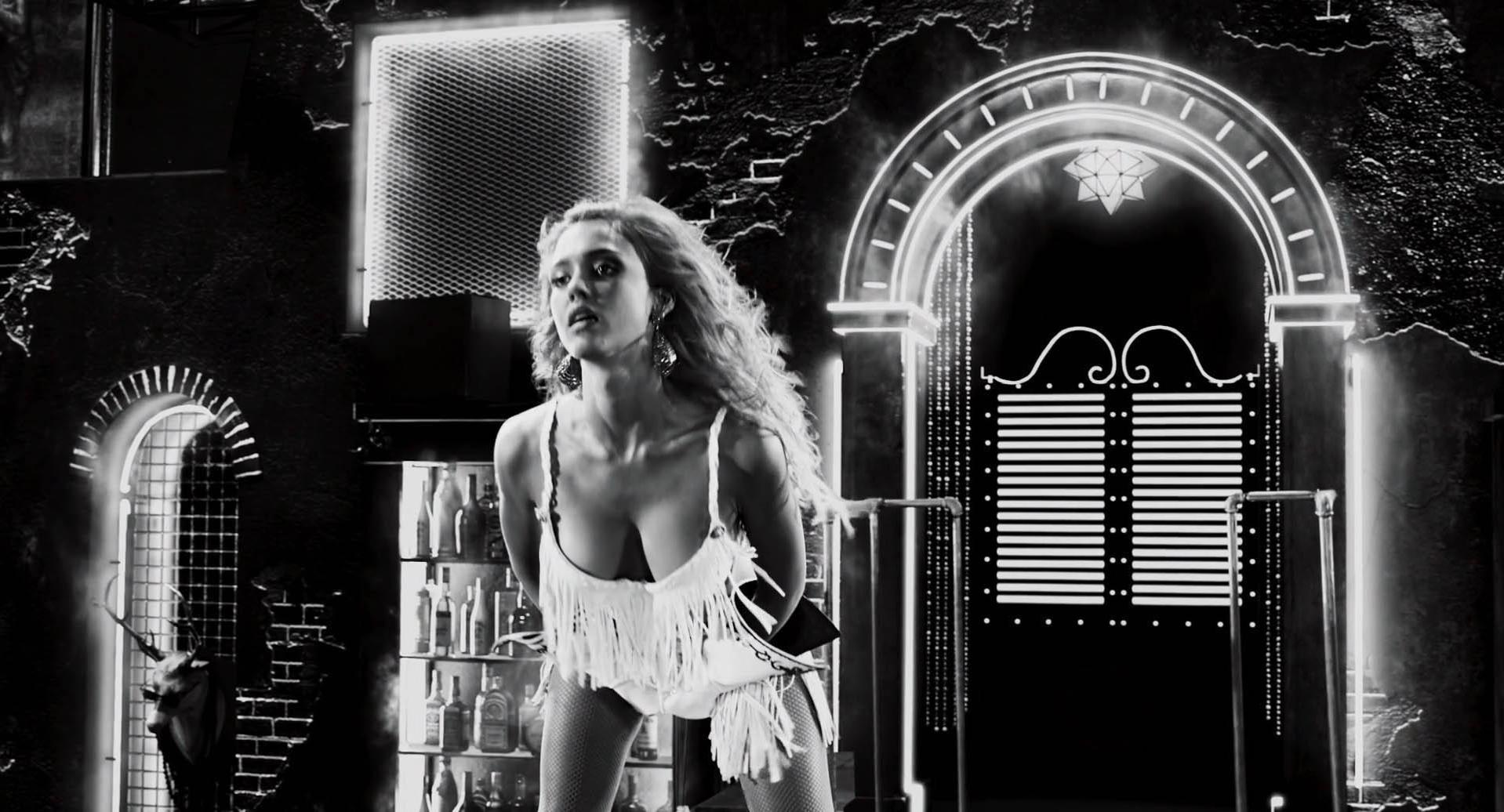 Jessica Alba sexy - Sin City: A Dame to Kill For (2014)