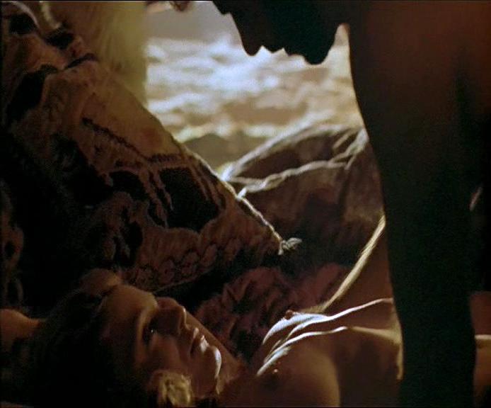 Zoe Trilling nude - Night Terrors (1993)