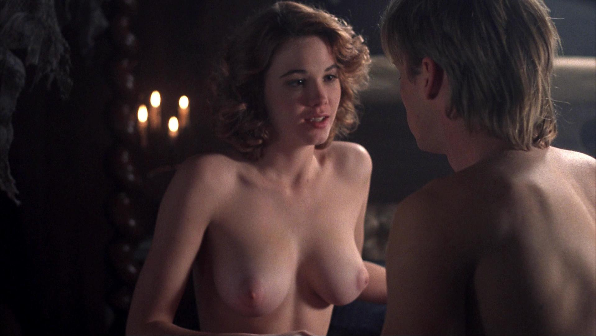 Cristi Harris nude - Night of the Demons 2 (1994)