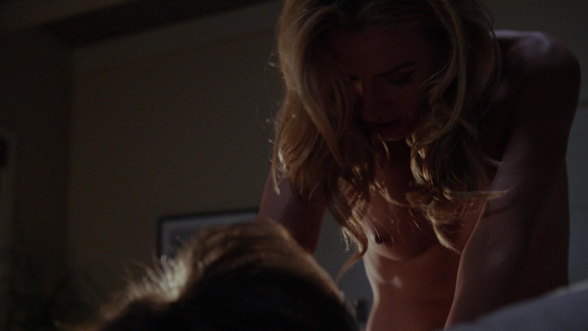 Allison McAtee nude - Californication s06e04 (2013)