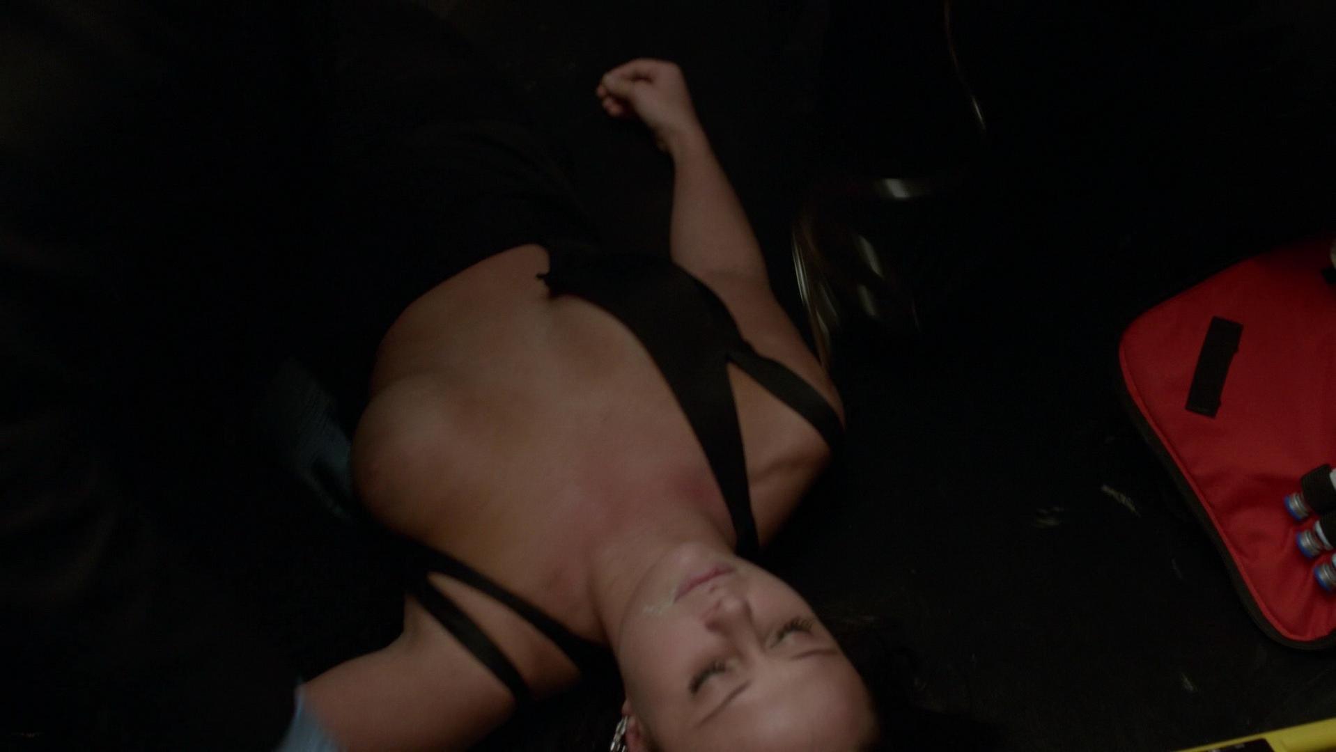 Madison McKinley nude - Power s01e03 (2014)