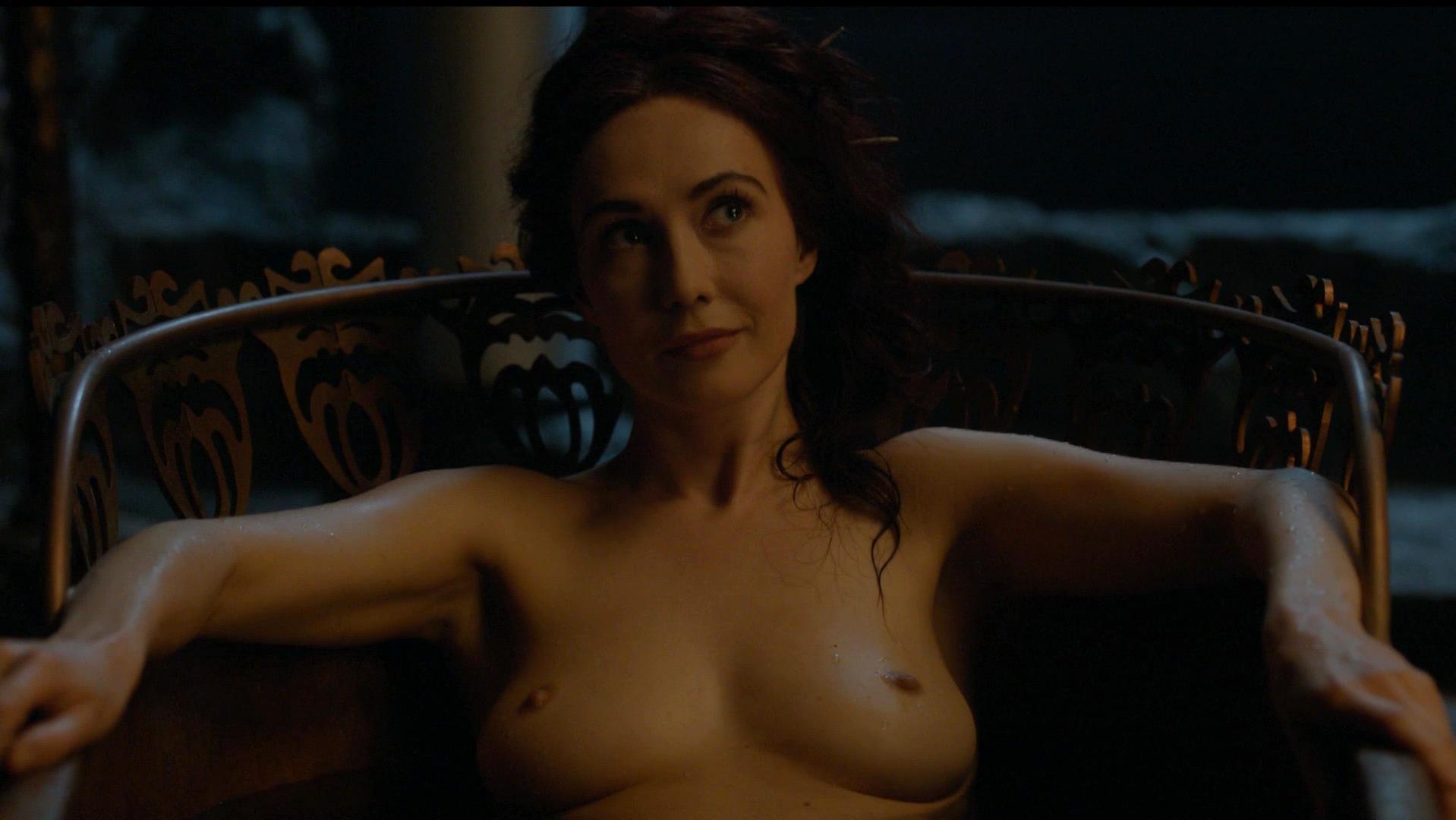 Carice Van Houten nude - Game Of Thrones s04e07 (2014)