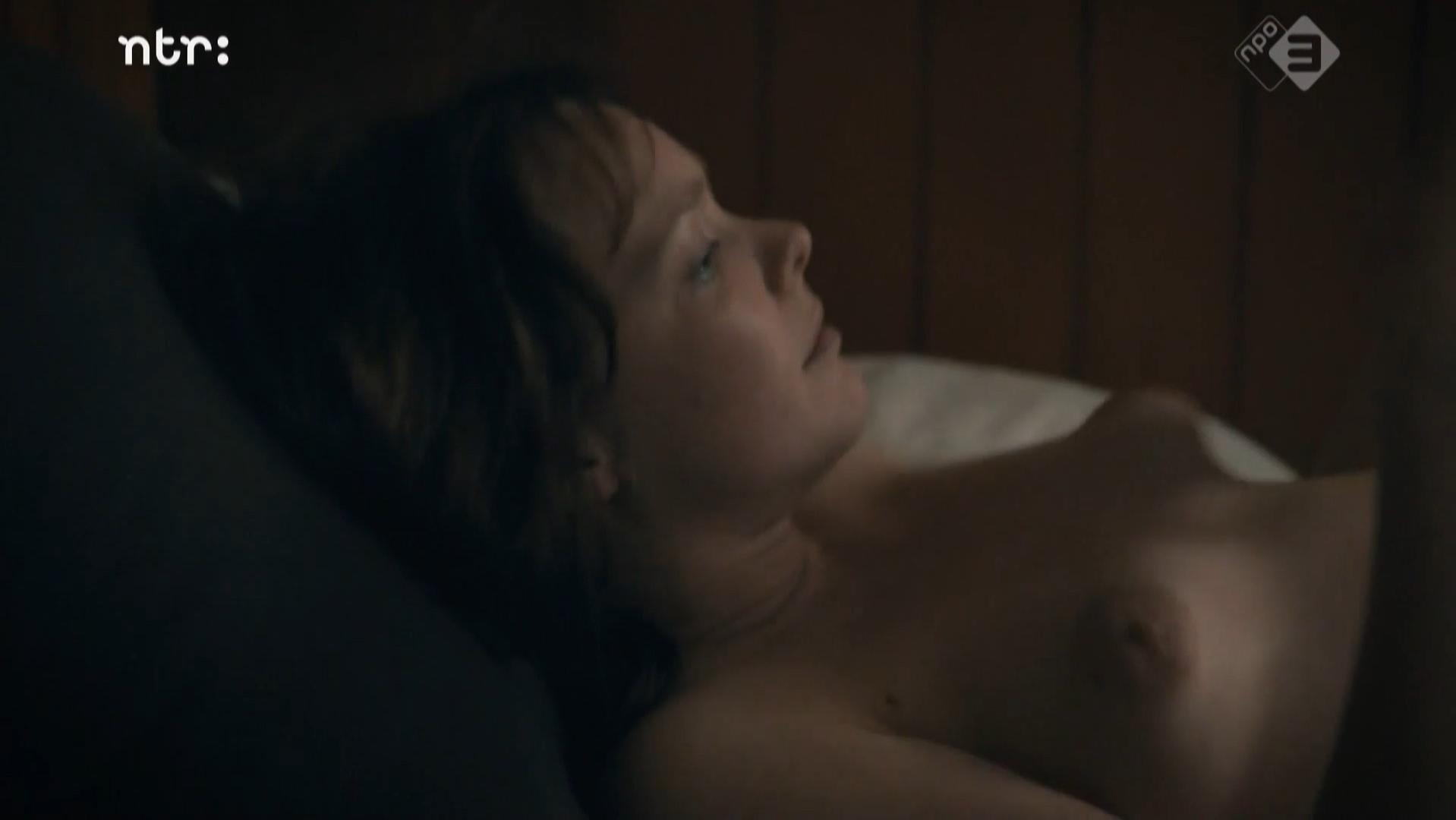 Viktoria Winge  nackt