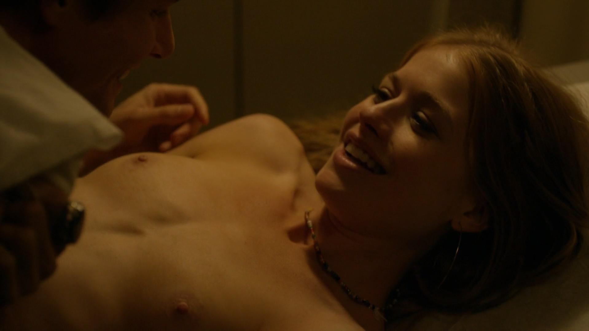 Genevieve Angelson nude - Good Girls Revolt s01e01 (2015)