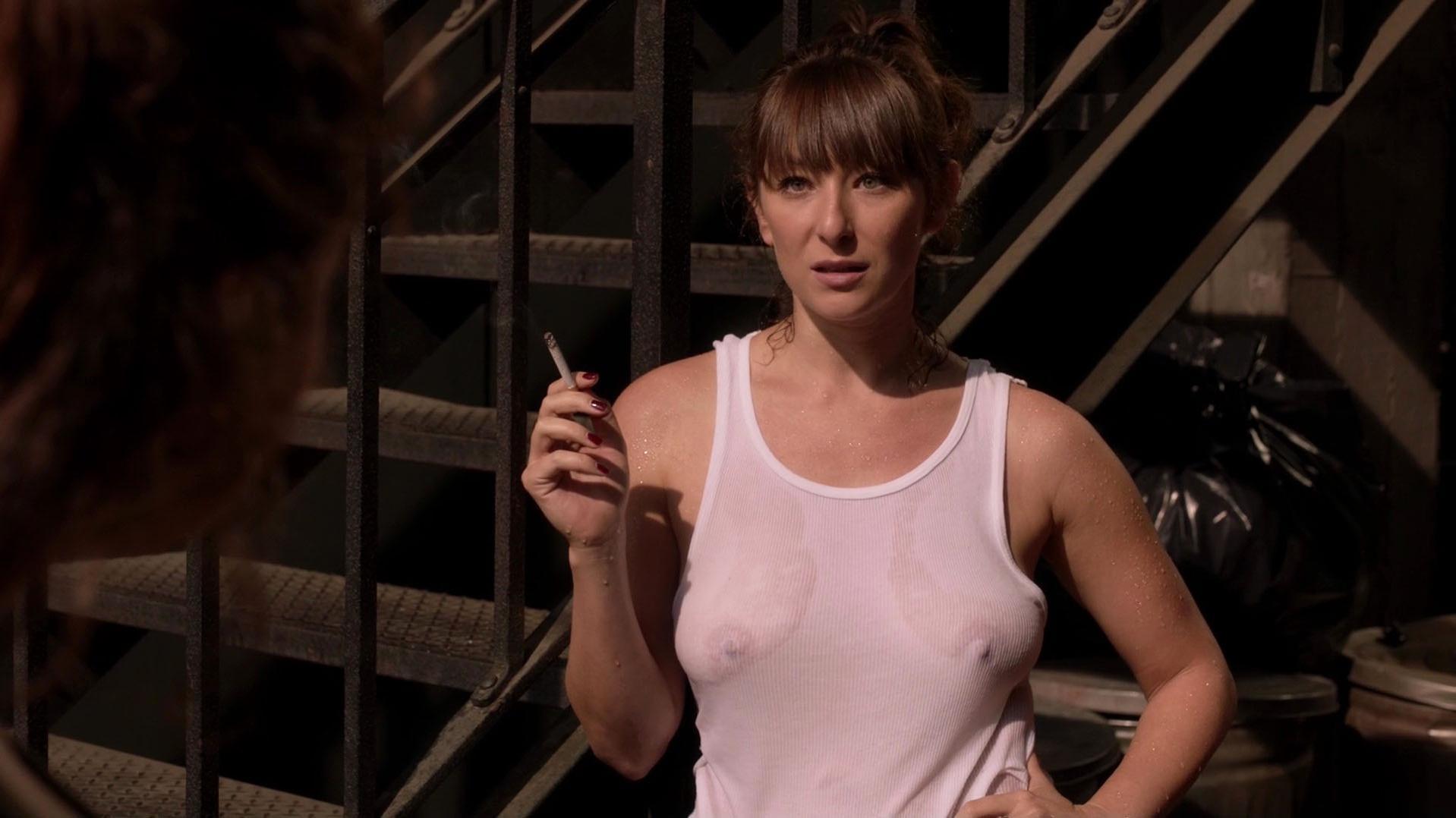 Isidora Goreshter sexy - Shameless s07e04 (2016)