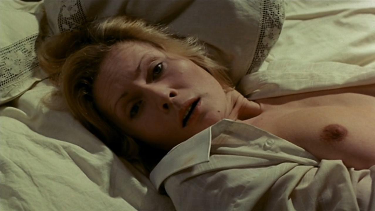 Grazyna Szapolowska nude - No End (1985)