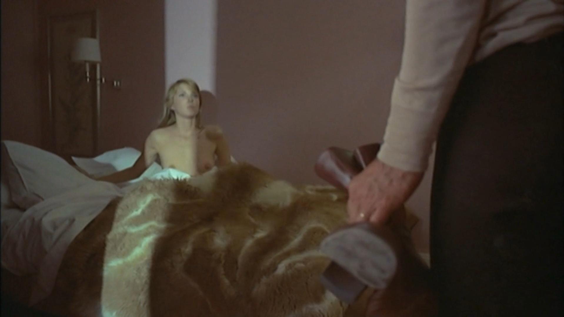 Paula Moore nude - Une Partie de Plaisir (1975)