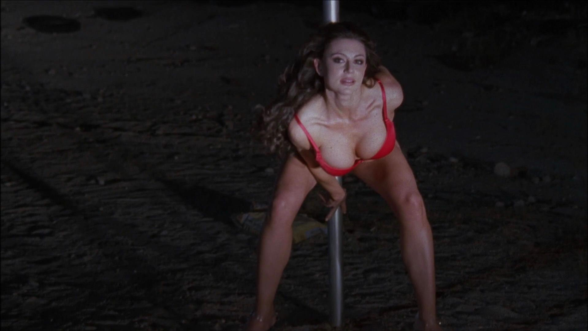 Cerina Vincent sexy - Just Add Water (2008)