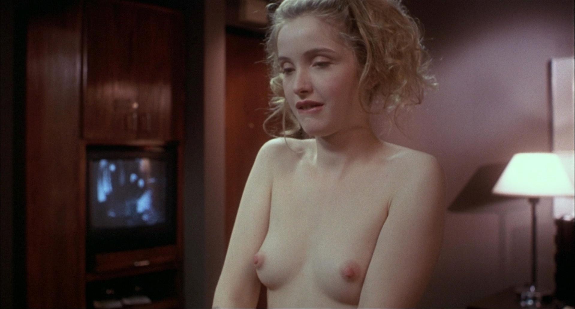 Julie Delpy nude - Killing Zoe (1993)