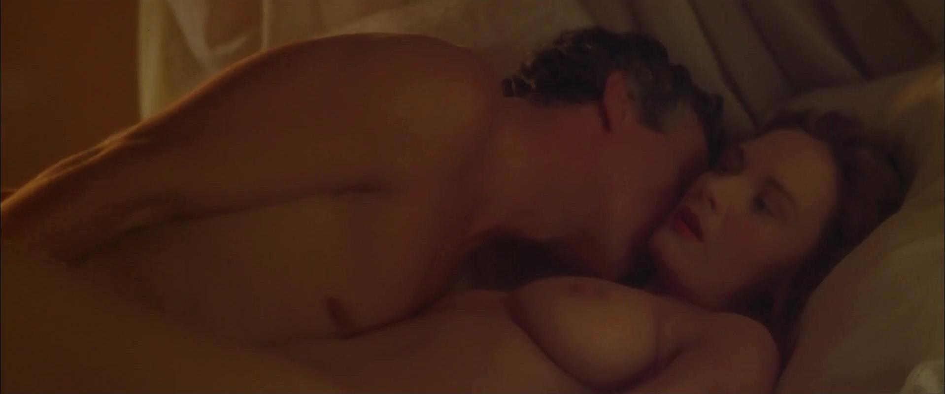 Catherine McCormack nude - Dangerous Beauty (1998)