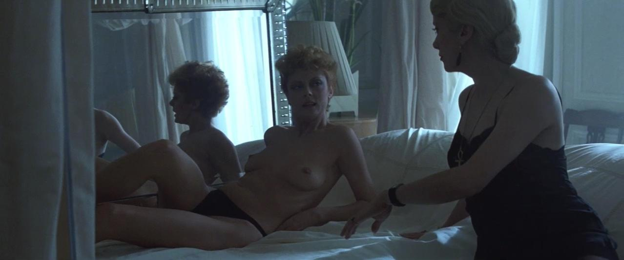 Susan Sarandon nude, Catherine Deneuve nude - The Hunger (1983)