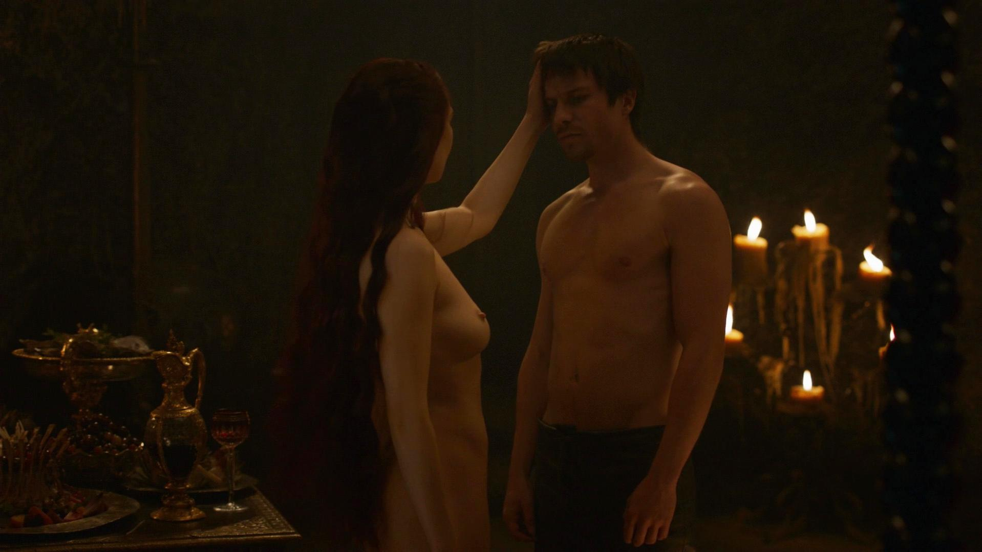 Carice van Houten nude - Game of Thrones s03e08 (2013)