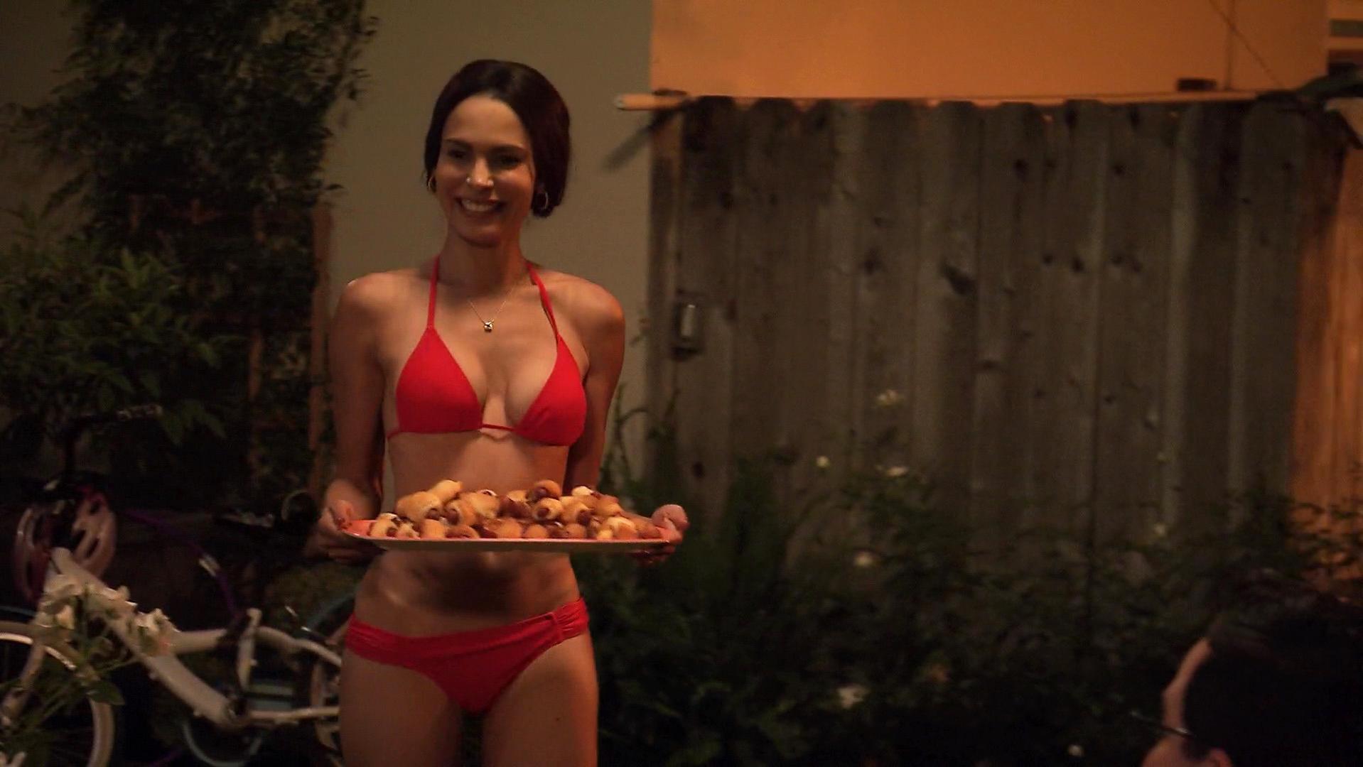 Nadine Velazquez sexy, Katie Aselton sexy - The League s06e05 (2014)