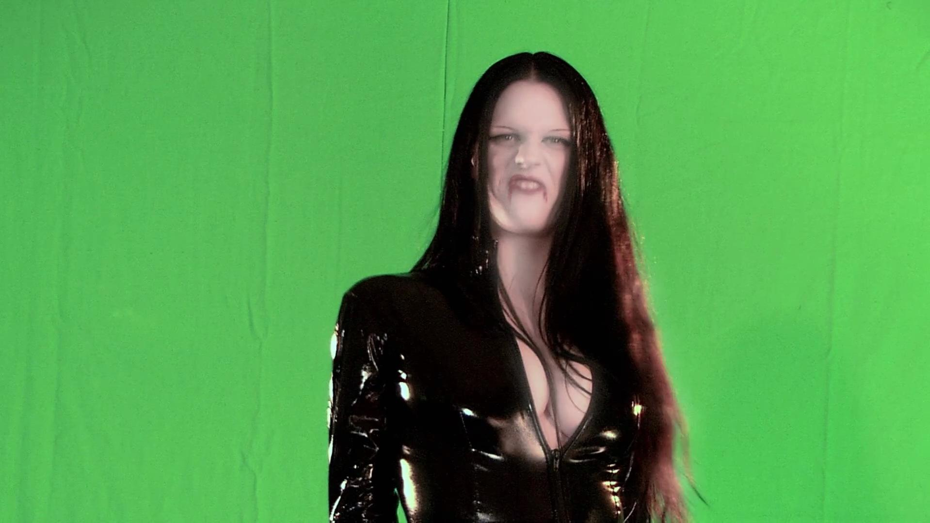 Emily Booth sexy - Evil Aliens (2005)