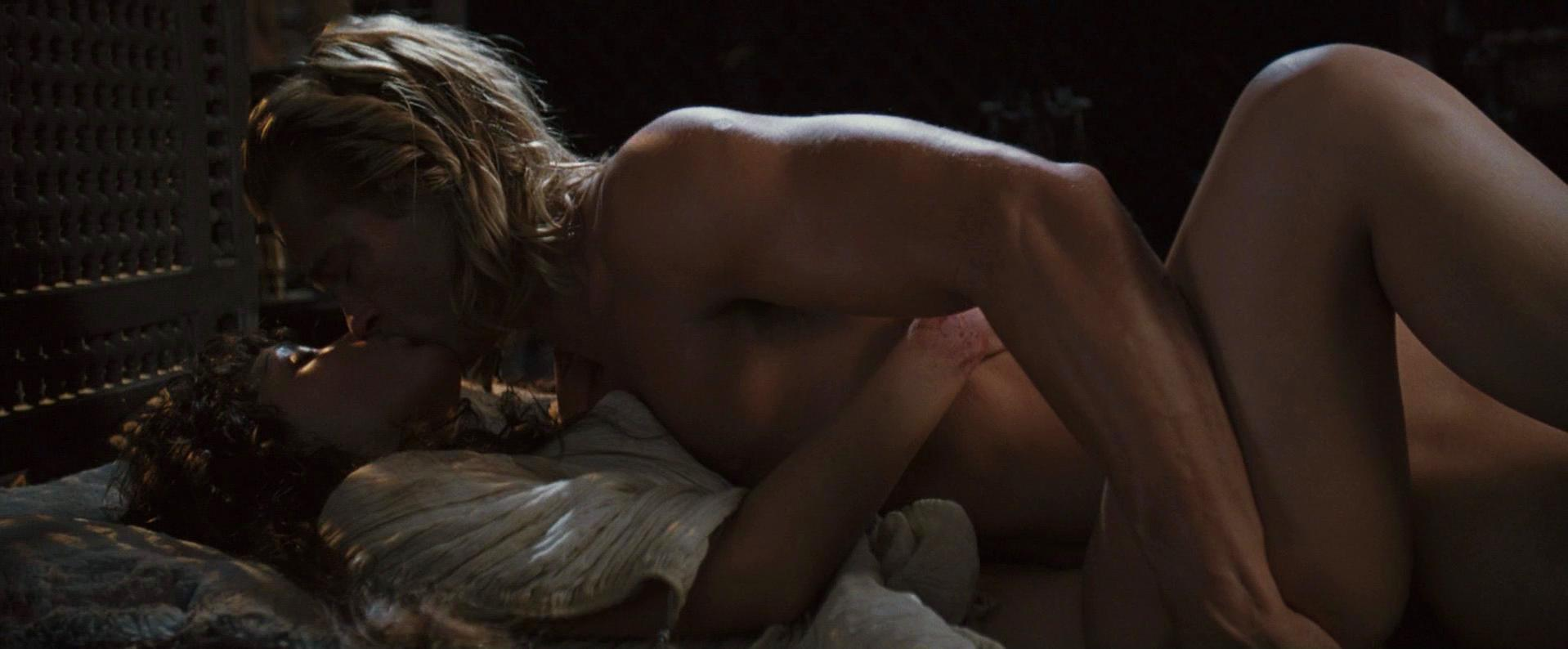 rose-byrne-nude-troy