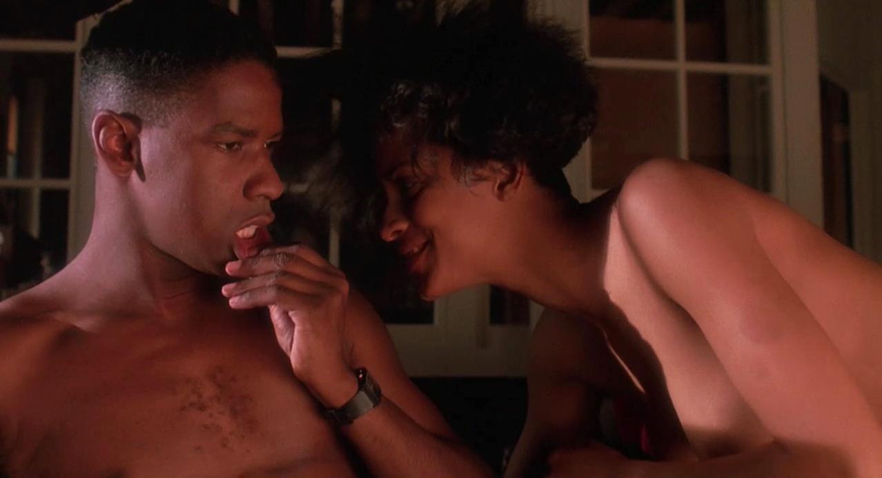 Cynda Williams nude - Mo' Better Blues (1990)