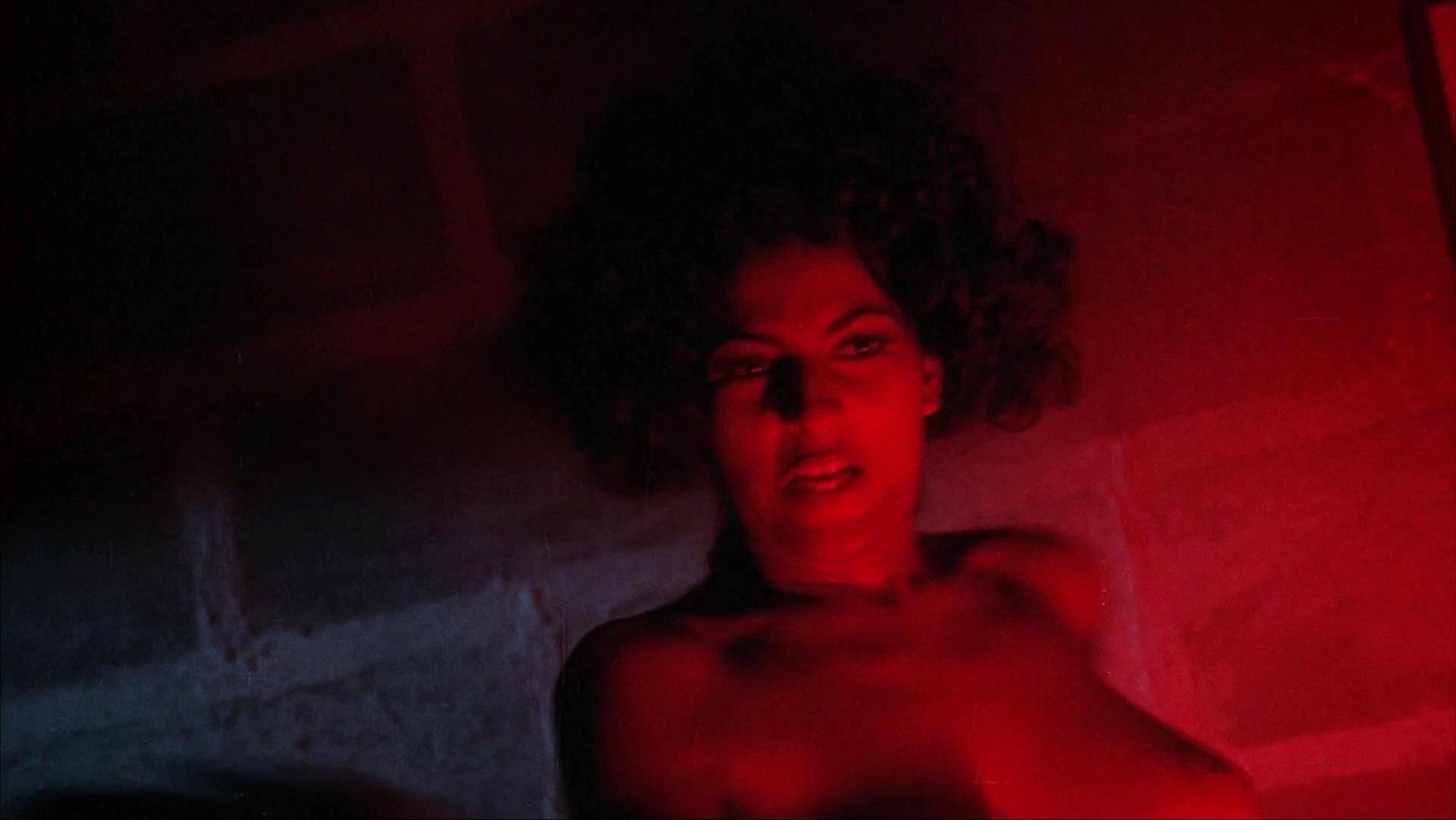 Pam Grier nude - Women in Cages (1971)
