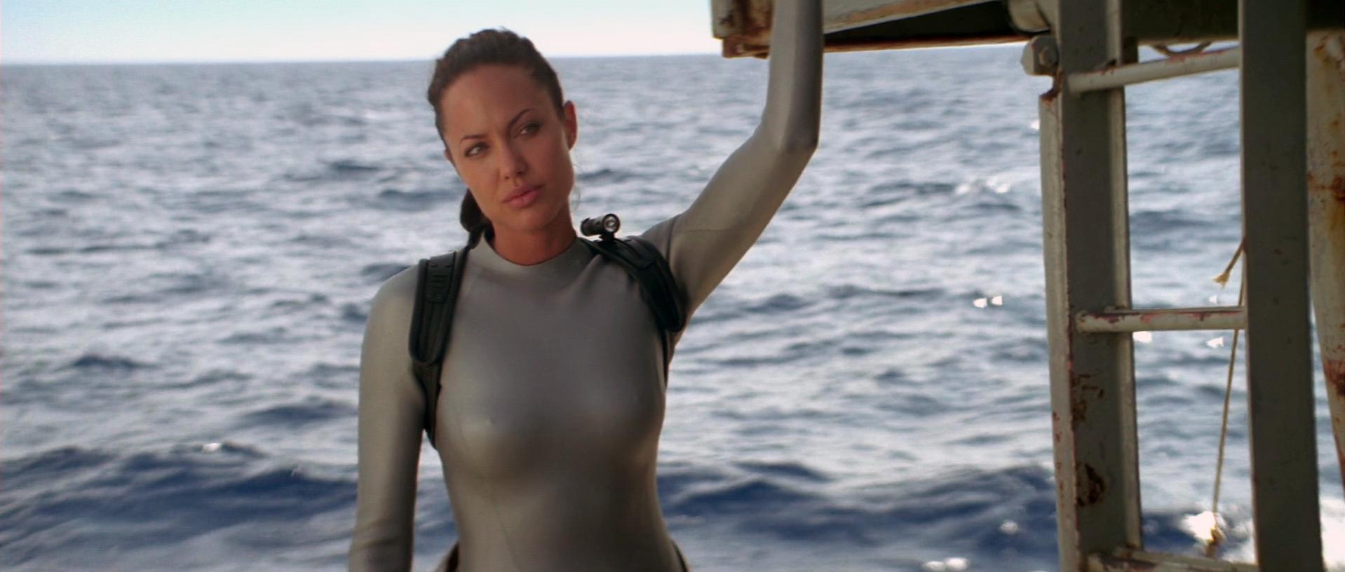 Angelina Jolie sexy - Lara Croft. Tomb Raider: The Cradle of Life (2003)