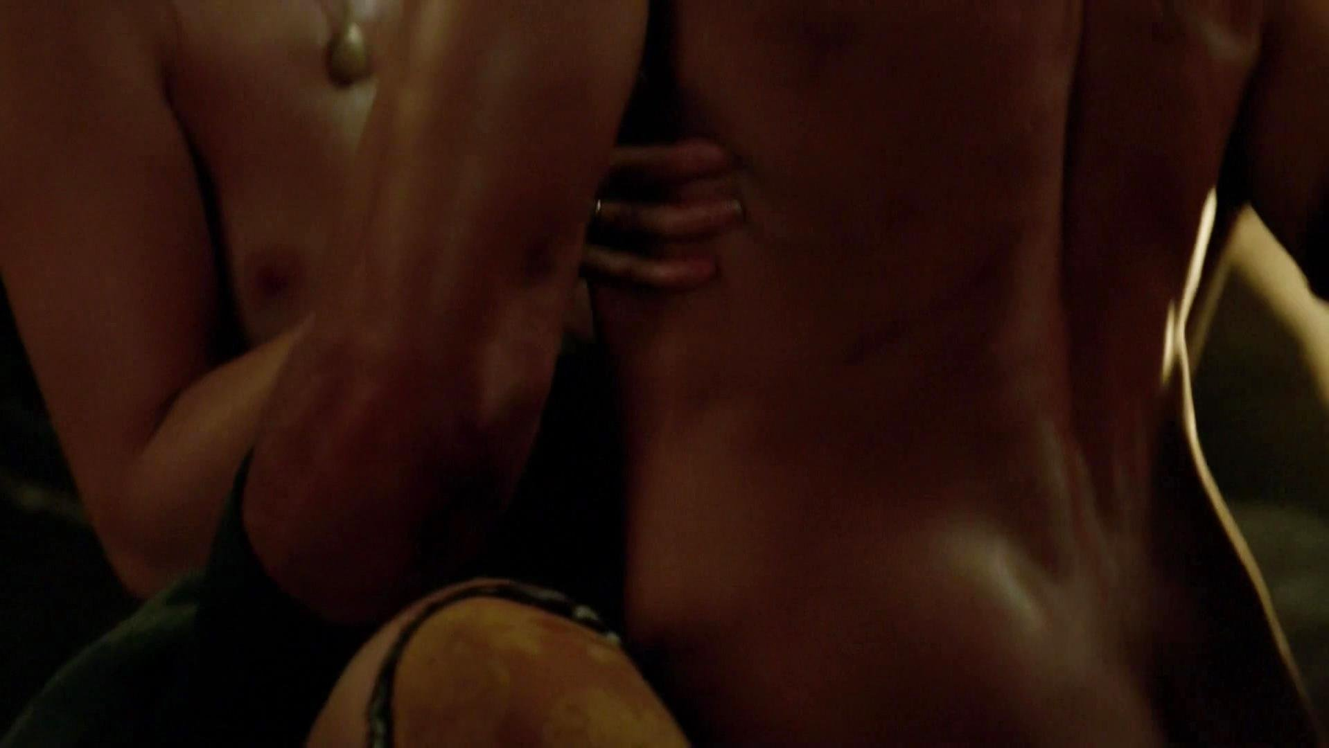 Hannah New nude - Black Sails s02e03 (2015)