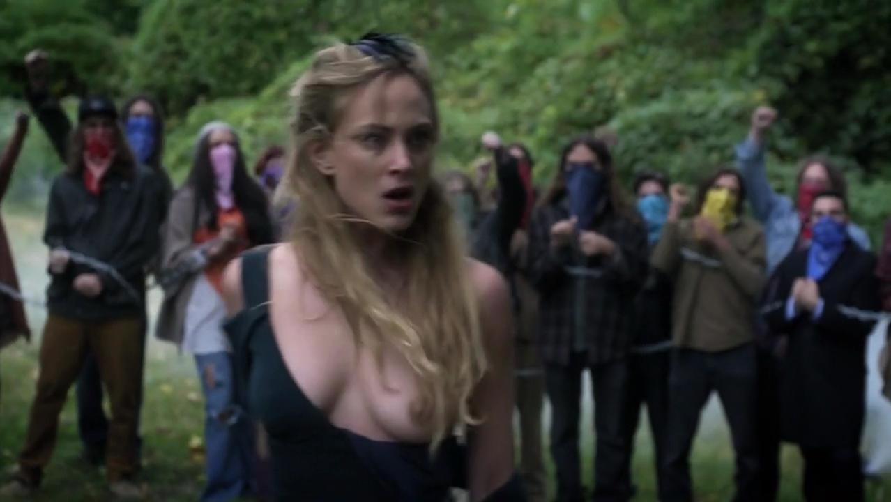 Nora Arnezeder nude, Lola Kirke sexy - Mozart in the Jungle s01e09 (2014)