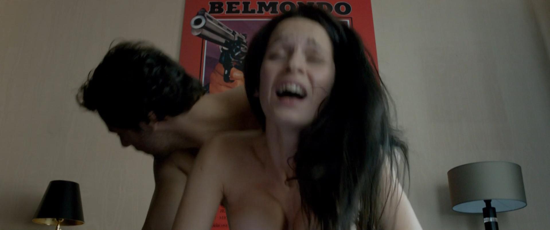 Rebecca Azan nude - De l'autre cote du periph (2012)