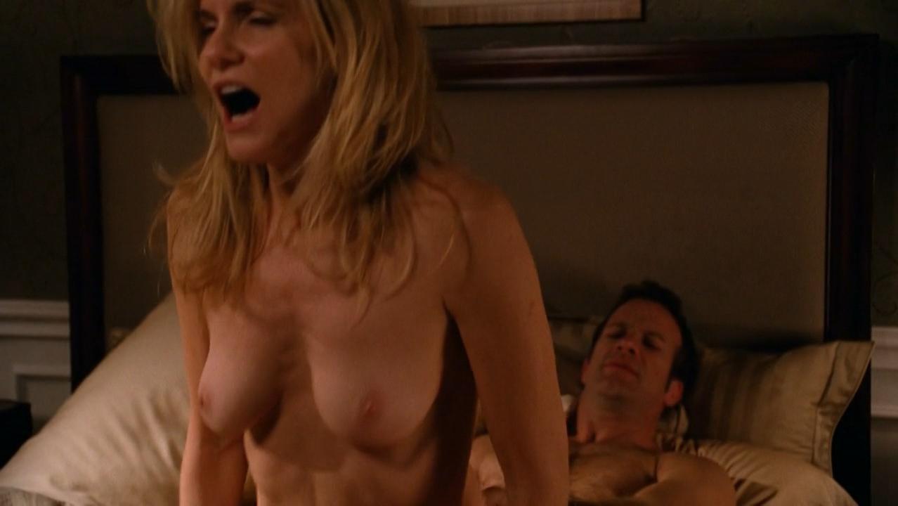 Kelly Ryan nude - Hung s03e03 (2011)