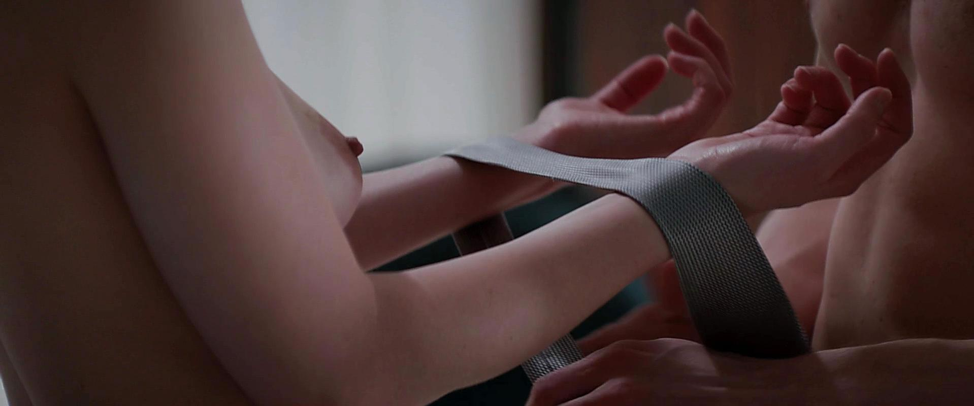 Dakota Johnson nude - Fifty Shades of Grey (2015)